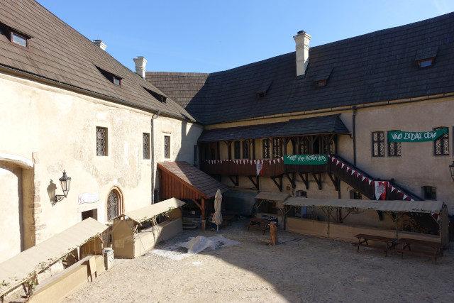 Innenhof Burg Loket