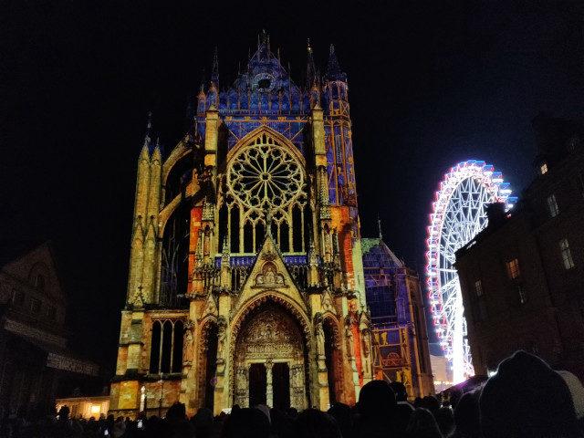 Kathedrale von Metz (Lasershow zum 800-jährigen Jubiläum)